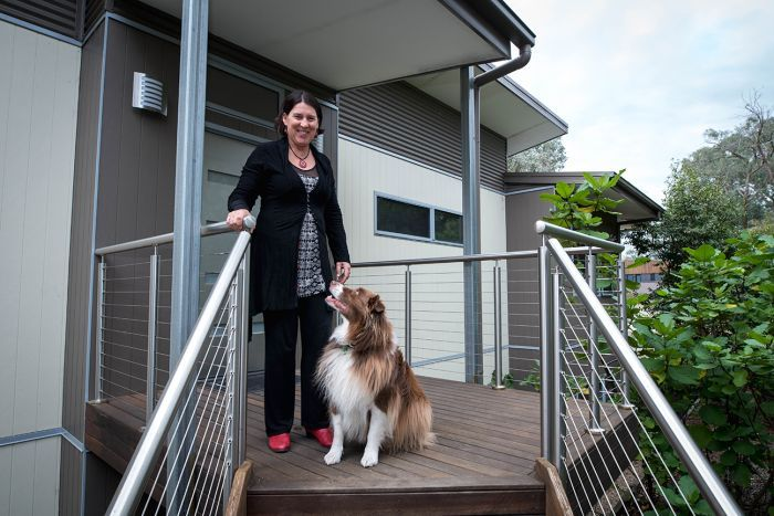 ABC – Cheaper land, better planning laws needed if tiny homes are to become viable housing option